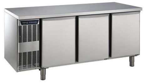 Electrolux 3 Door Freezer Counter 420 Litre Capacity
